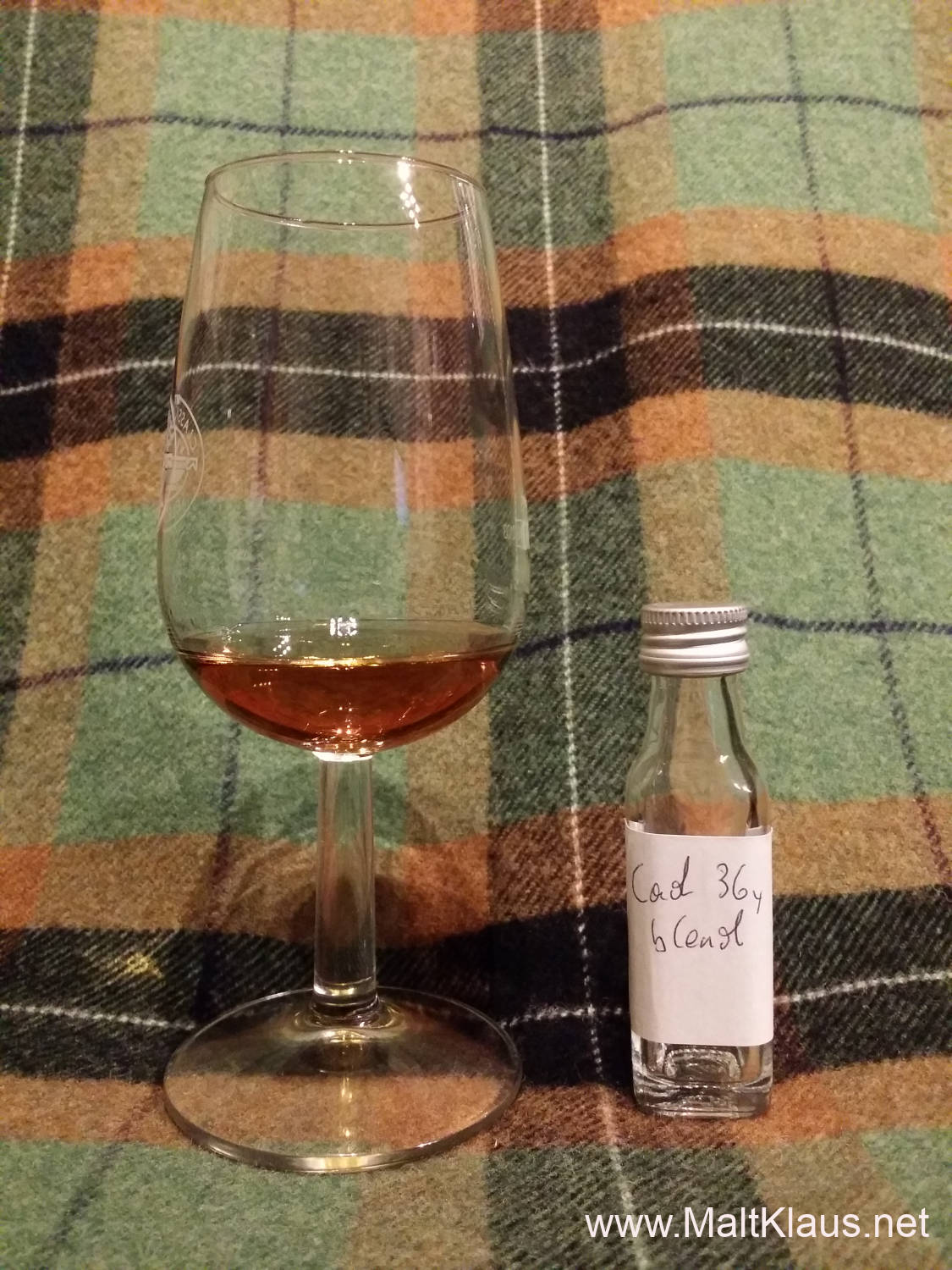 Cadenhead Creations Rich Fruity Sherry 36 yo blend