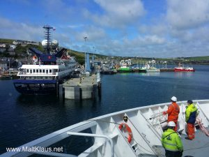 Arriving at Stromness