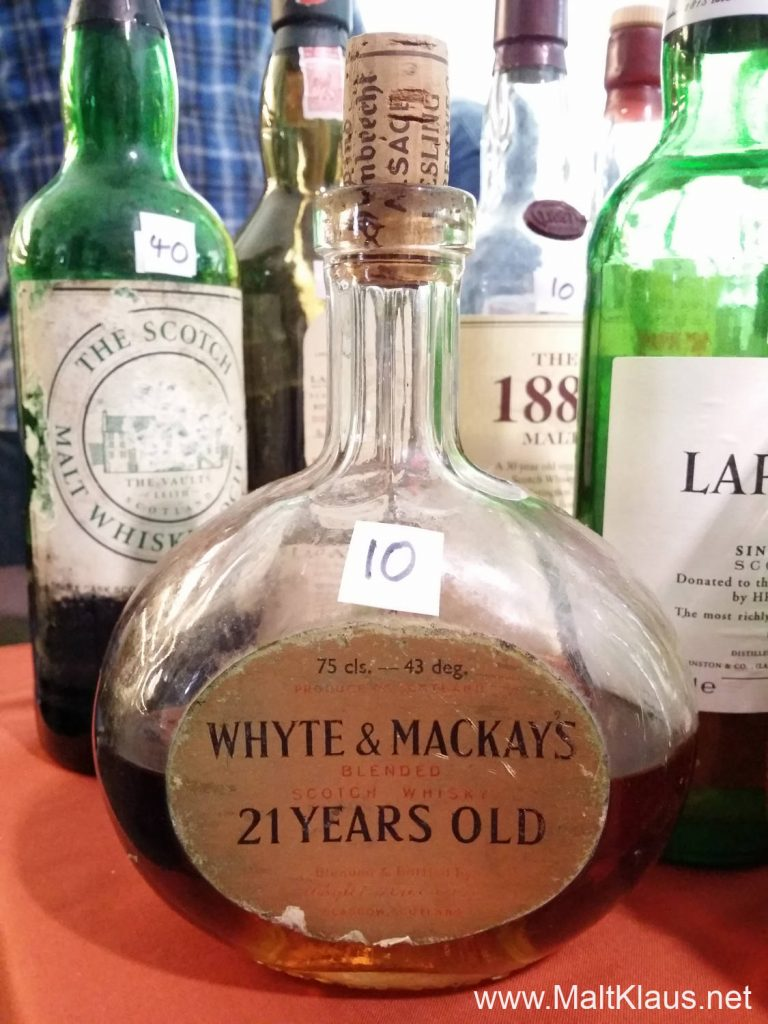 Just one of the bottles I had to purchase a sample from - a rather old White & Mackay blend
